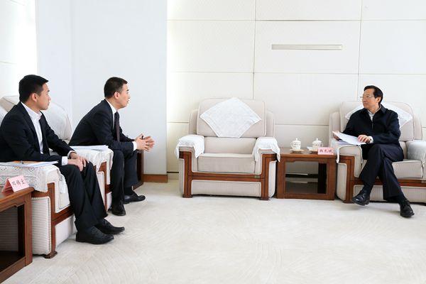 韩长赋与农产品电商企业代表座谈